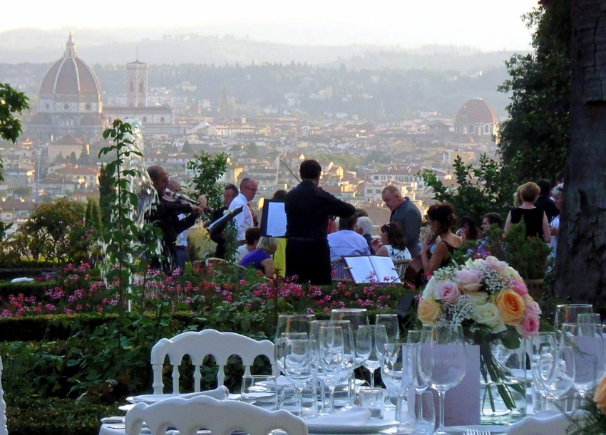 Location Matrimonio Toscana : Catering matrimonio firenze banqueting congressi toscana ricevimenti